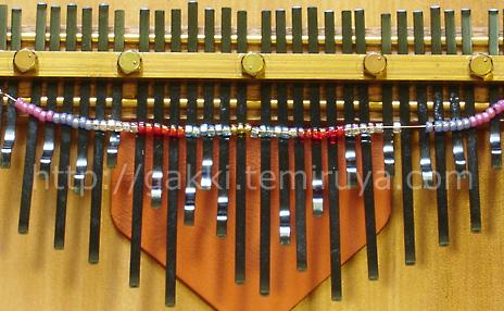 半音 カリンバ 超初心者が衝動買いした楽器 「カリンバ」。